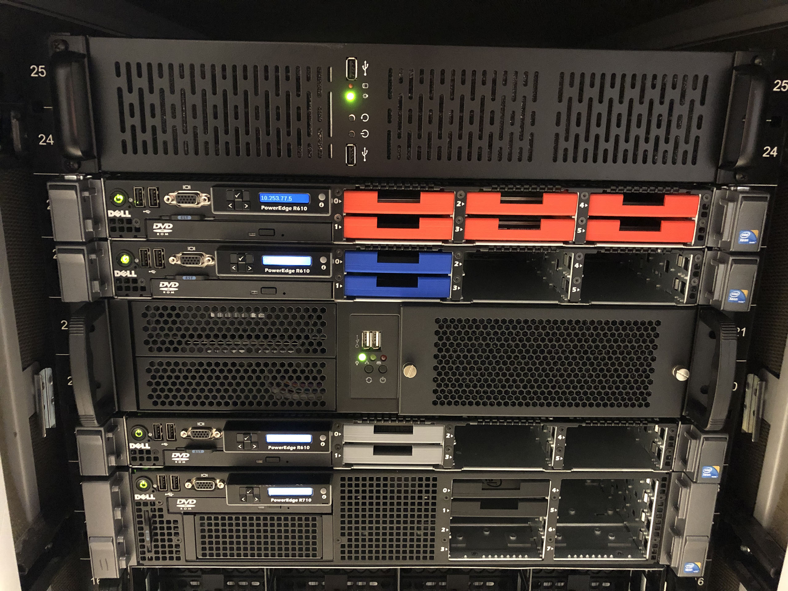 500TB raw FreeNAS ZFS storage cluster with 3d printed parts