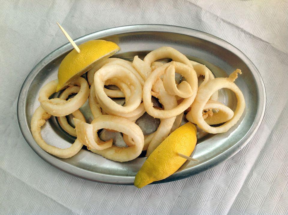 4_calamari_fried_squid-5bb4f888c9e77c0026436071