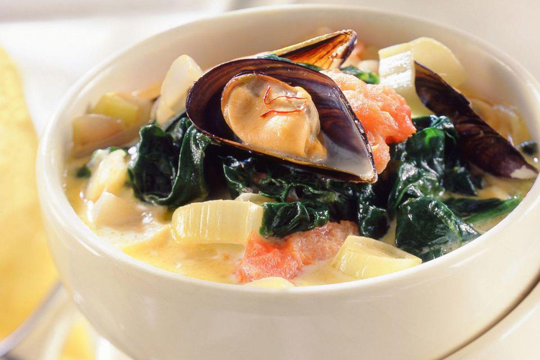 9_seafood_soup-5bb4faf546e0fb002683dcc2